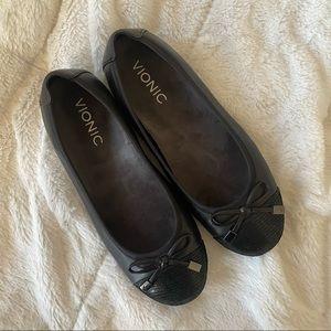 Vionic Leather Flats